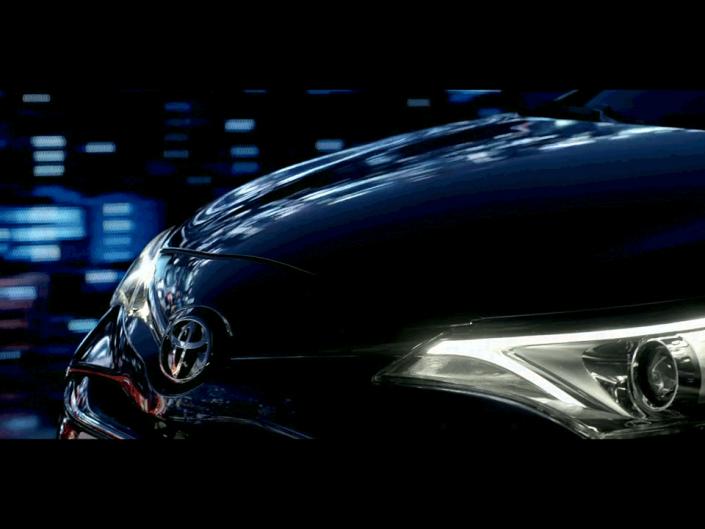 Toyota – Avensis